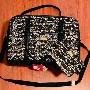 BRAND NEW Betsey Johnson travel bag
